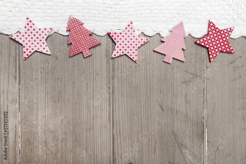 Weihnachtlicher hintergrund aus holz mit rot wei for Weihnachtlicher hintergrund
