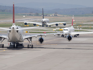 Taxiway Traffic Jam
