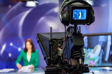 Video camera viewfinder