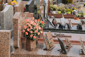 Foto auf Acrylglas Friedhof France, the cemetery of Triel Sur Seine