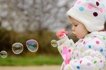 girl with soap bubbles