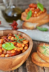 toast bread with chickpeas