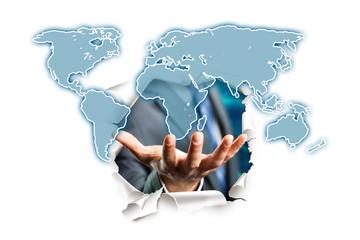 Hand präsentiert Weltkarte