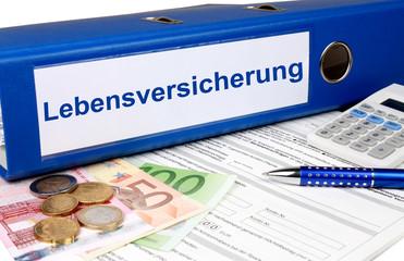 Lebensversicherung Ordner mit Geld und Taschenrechner