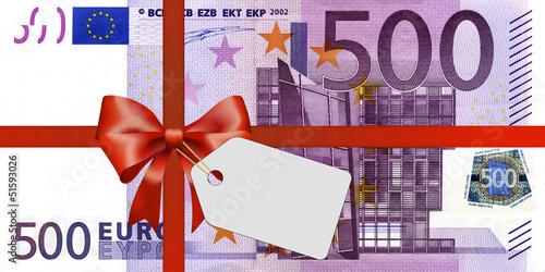 500 euroschein mit geschenkband und label stockfotos und lizenzfreie bilder auf. Black Bedroom Furniture Sets. Home Design Ideas