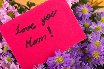 mother day greeting, love you mom, handwritten.