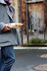 Français et baguette de pain