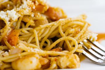Spaghetti marina with seafood