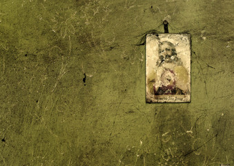 święty obrazek w starym domu