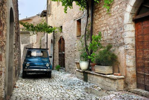 Fotomurales Italian old car, Spello, Italy