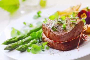 Medallion of roast fillet steak
