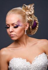 model in a wedding dressd
