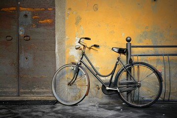 Aluminium Prints Bicycle Italian old-style bicycle