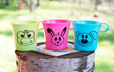 cups on stump