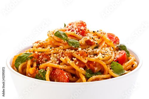 одежды: спагетти с овощами и мясом топливо используется
