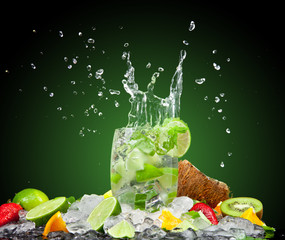 Wall Murals Splashing water Fresh drink