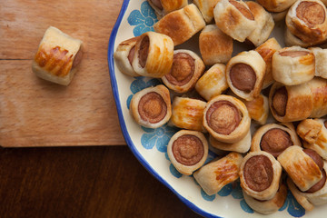Savoury flaky pastries