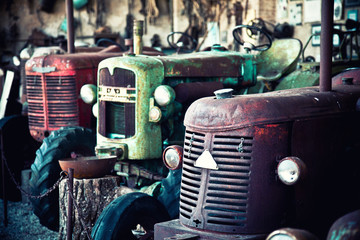 old tractor Wall mural