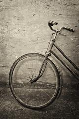In de dag Fiets An old bicycle