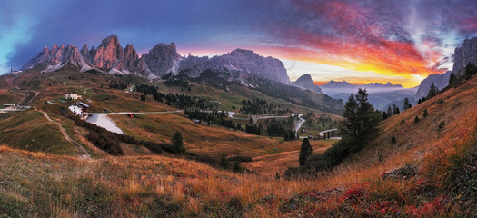 Fototapete - Landscape in the mountains. Sunrise - Italy alps