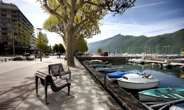 AIX-LES-BAINS, FRANCE - May 8, 2013 Sailing competition at the b