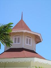torre de la antigua parroquia del pueblo