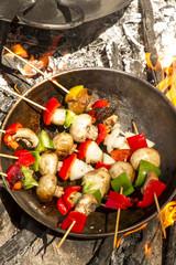 Brochette al disco de pollo, verduras, morron, cebolla chmpignon