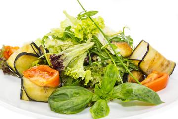 Рулетики с сыром овощные с листьями салата