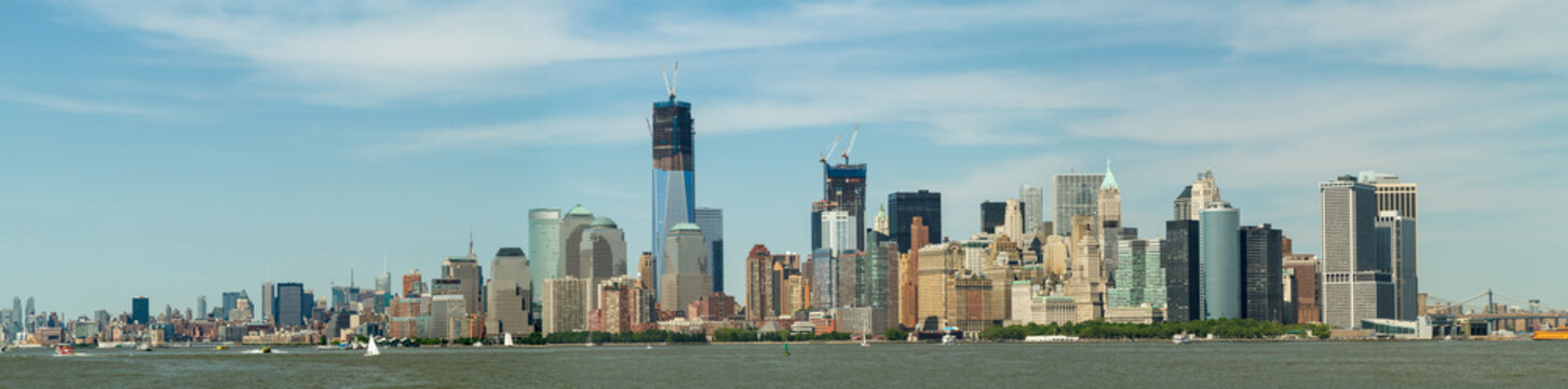 Manhattan Skyline, Shot from the boat