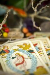 Tarot divination 100