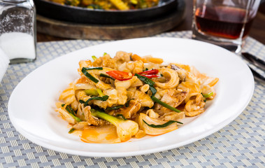 Spicy fried squid