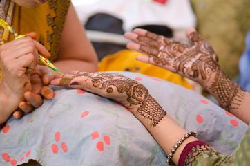 henna application, wedding, bride , Rajasthan, India
