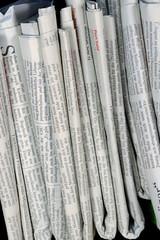 In de dag Kranten Zeitungen, h.