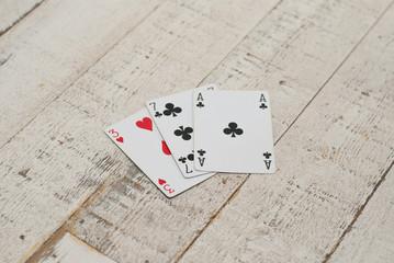 как играть в картах в пиковую даму на картах