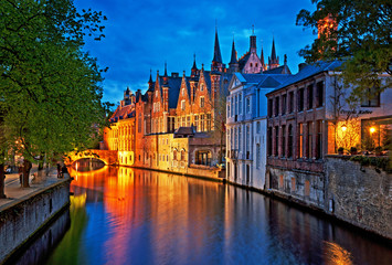 Photo sur Toile Bruges Brugge at night