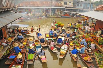 Aluminium Prints Bangkok View of Amphawa Floating market, Thailand