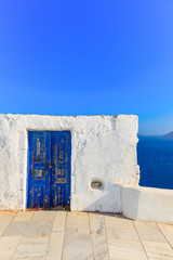 Fototapete - Greece Santorini island in Cyclades, traditional sights of color