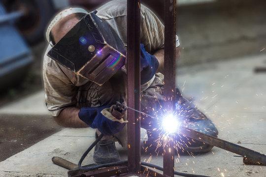 Man Arc welding