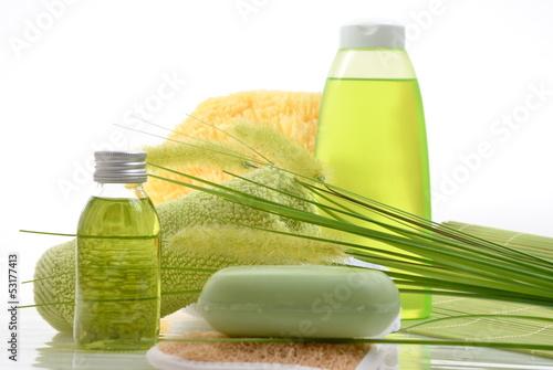 Wellness bilder grün  Wellness Grün Gras Öl Selfe Schwamm
