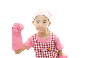 家事を手伝う女の子