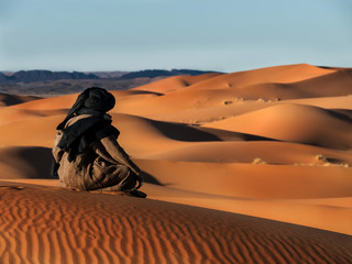 Touareg looks in the desert