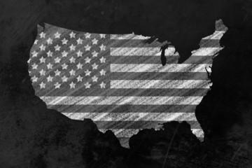 US-Flagge in USA Form an einer Tafel