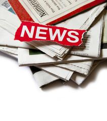 news rouge sur journaux