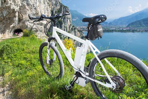 e bike pedelec gardasee fahrrad mountainbike. Black Bedroom Furniture Sets. Home Design Ideas