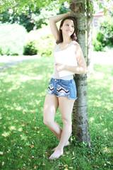 junges Mädchen im Park
