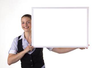 Junge freundliche Frau mit Tafel Schild