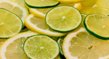 Дольки лайма и лимона