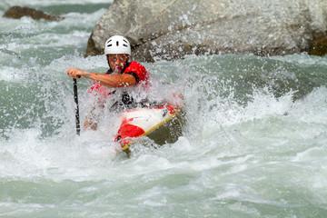 Fototapete - discesa in kayak