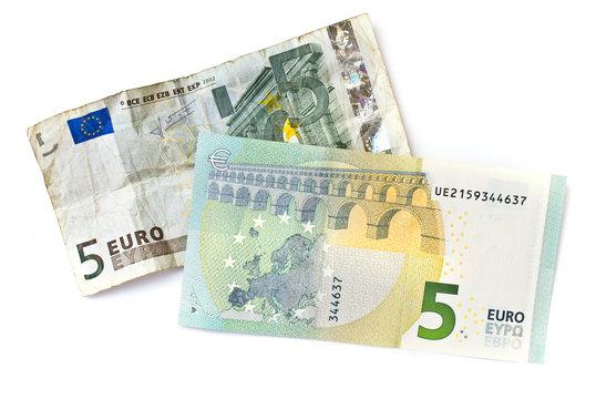 Billets de 5 euros, ancien et nouveau 2013