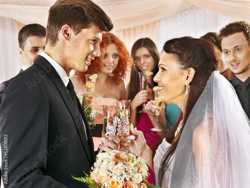 За что можно пить на свадьбе